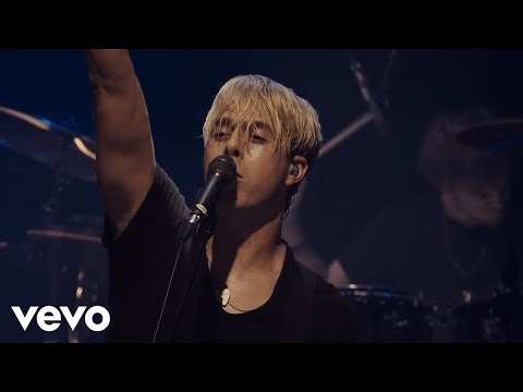 R5 - Ain't No Way We're Goin' Home (Live In London)