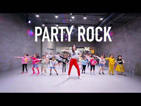 "INNER KIDS ""PARTY ROCK"""