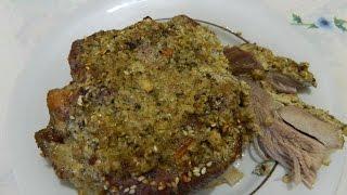 Мясо запеченное в духовке с кунжутом. Очень вкусное и нежное мясо.