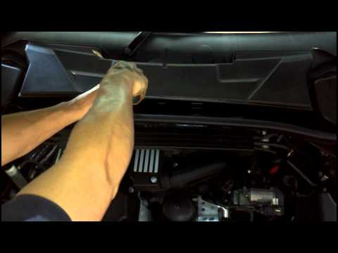 BMW Air filter, microfilter and spark plug service 1+3 Series How to DIY: BMTroubleU