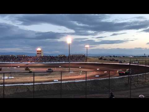 9/9/2017 Gallatin Speedway  heat race (outside)