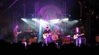 Indietracks 2009: Teenage Fanclub - Baby Lee (live)