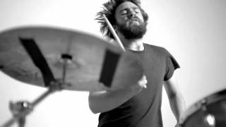 Liam Finn - Jump Your Bones