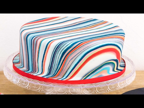 Marble Effect Sugar Paste - 3 different techniques to create a marble effect on your cake