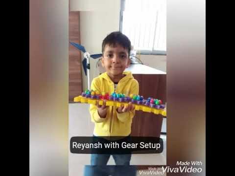 Reyansh from LKG, Banyan School made the Gear Set up @ Robotics Academy