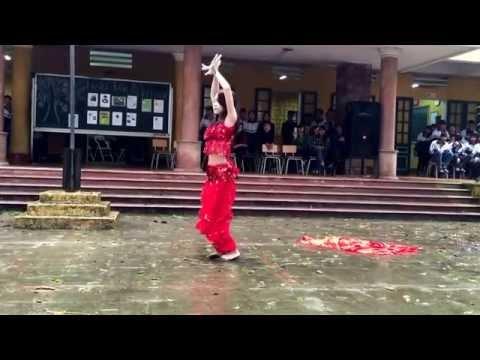 Múa Belly Dance- Trường THPT Hoài Đức B- 9/3/2015
