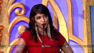 Lakshmi Manchu Making Fun On Allu Sirish - SIIMA 2016 Telugu