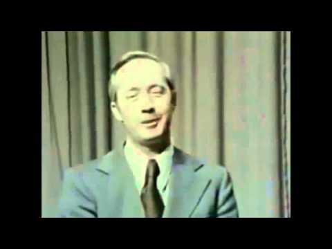 Astronaut James McDivitt admits he has seen an UFO