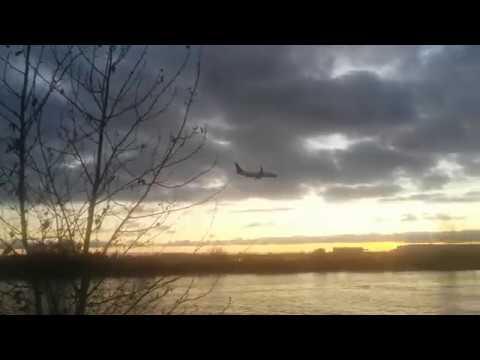 Planes Landing. Tugboats Winding. Sunset Blinding. =D