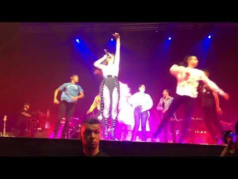 Camila Cabello - Know No Better (Live Barcelona 26.6.18)