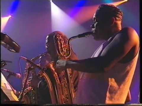 Bjork (MTV Unplugged) 'Aeroplane'