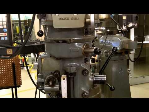 Operation of Bridgeport Milling Machine 01
