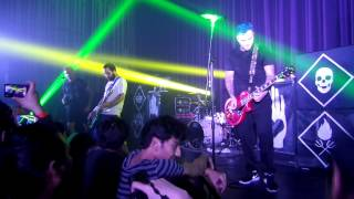New Found Glory Live in Malaysia. 6th February 2015, Bentley Audito...