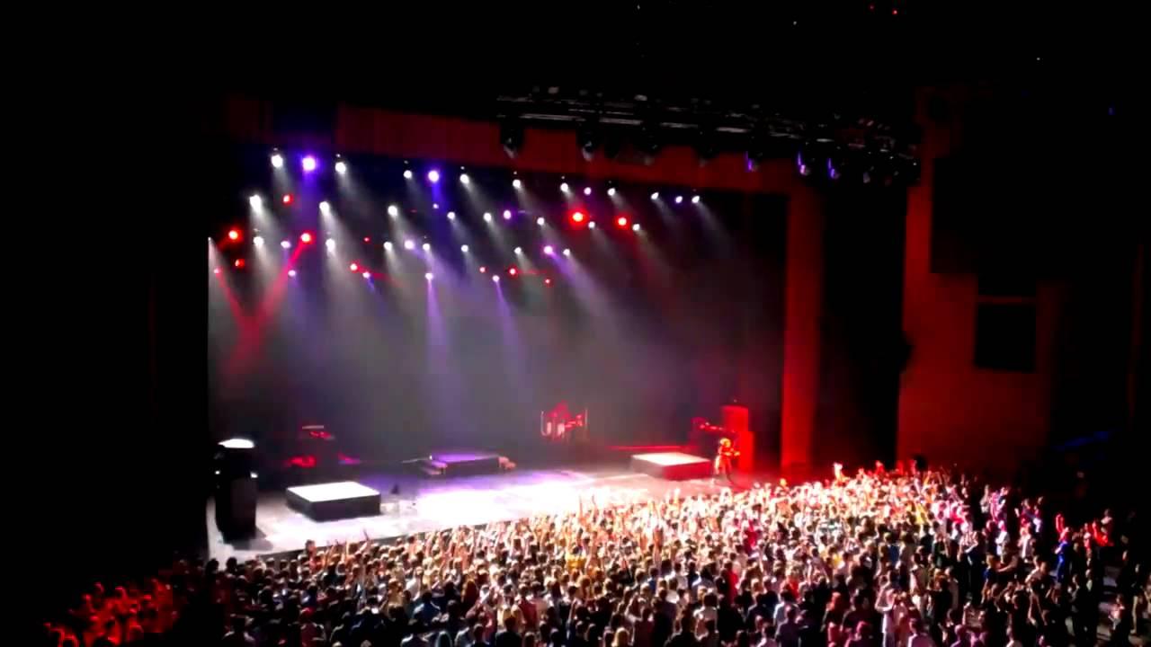 Lindsey Stirling 30.09.2014 (Moon Trance) - YouTube