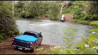 Isuzu Dmax off road across river