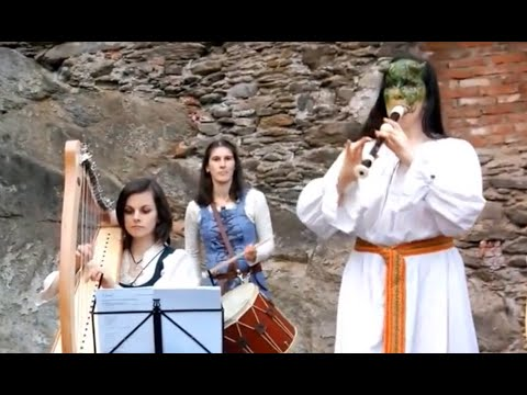 Medieval Folk music Performance by Band PanDragon @ Bugruine Krem