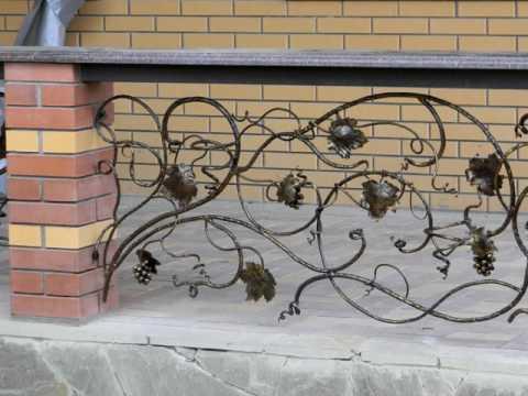 Идеи дизайна веранды, ограждение, перила из кованого металла для веранды частного дома