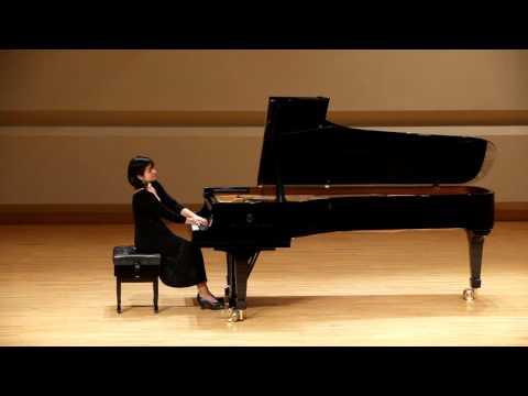 """Anita May plays M.Ravel """"Miroirs"""""""
