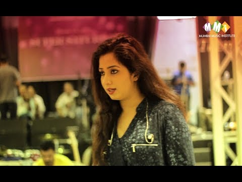 SHREYA GHOSHAL | WITH MUMBAI MUSIC INSTITUTE STUDENTS  | 2017