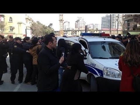 """Bakıda 24 Sentyabr MİTİNQİ: """"Belə yaşamaq istəmirik""""- Mitinq meydanından CANLI"""