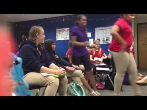 Teacher pranks students with breakup note