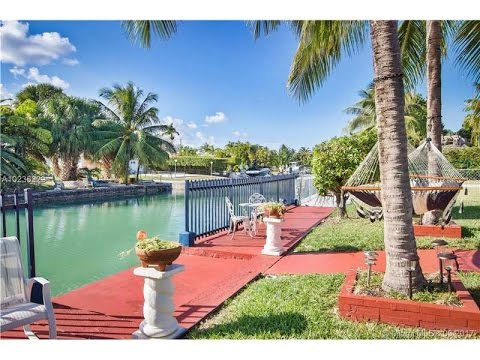 Waterfront Home at Biscayne Point | 7770 Hawthorne Ave Miami Beach, FL