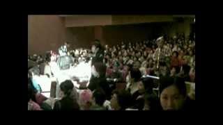 2009年、第10回 ふれあい舞踊まつりのオープニング、ちんどん流し...