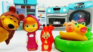 Маша и Медведь новая серия смотреть видео про игрушки: Маша готовит пирог Мишке