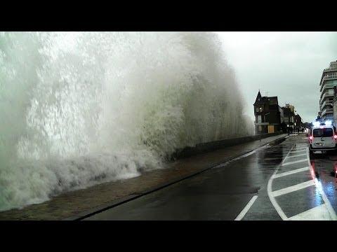 Saint-Malo Grande Marée 2014 Vagues Bretagne Springflut Tide