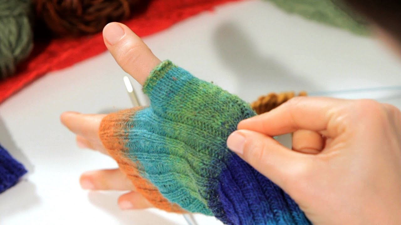 How to Increase a Stitch Knitting - YouTube