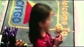 9 летняя девочка заменяет пьяного папу