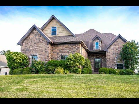 home-for-sale:-4408-lochmoor-cv.,-jonesboro,-ar-72401- -century-21