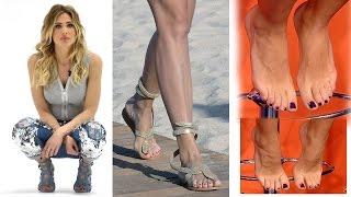Ilary Blasi piedi nudi feet barefoot