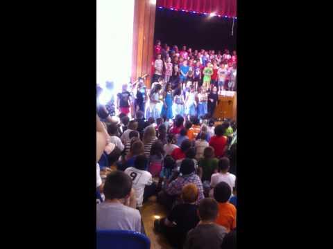 CRESCENTWOOD ELEMENTARY SCHOOL'S 2013 SPRING DISNEY MUSIC CONCERT.