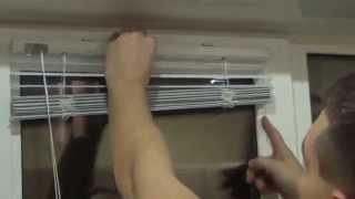 Установка горизонтальных жалюзи на пластиковые окна(В данном видео мы постарались описать основные моменты установки горизонтальных жалюзи на пластиковые окна., 2014-10-18T22:49:16.000Z)