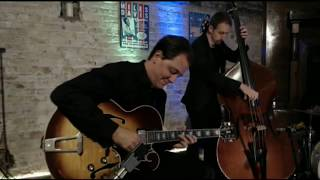 Jazz Guitar Trio - Andy Brown Trio at the Whiskey Lounge