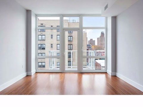 Astoria, NY - $2,000 Studio Apartment for Rent