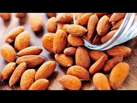7 Amazing Reasons To Eat Almonds Every Day