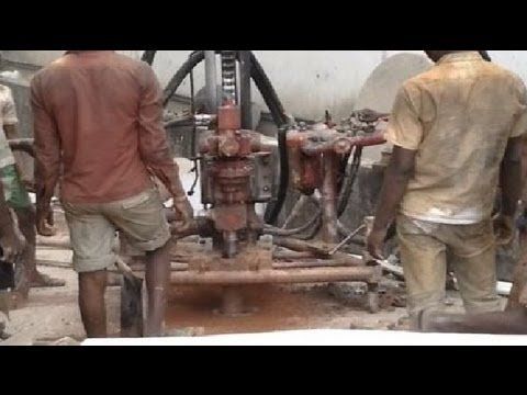 How water well drilling machine works. ✔