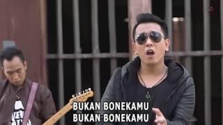 Ilir7 - Boneka (Official Karaoke Video)