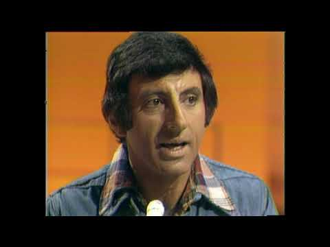 American Bandstand 1975- Interview Jamie Farr