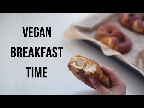 Super Simple Vegan Breakfast Ideas!