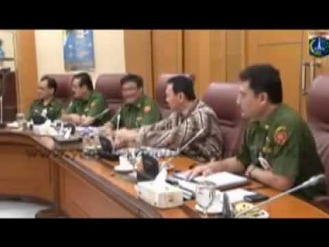 Ketua DPP REI Jakarta bersama Gubernur DKI Jakarta