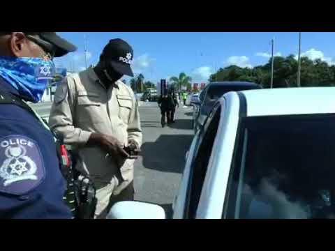 Trinidad & Tobago Police Service do compliance checks on car tint