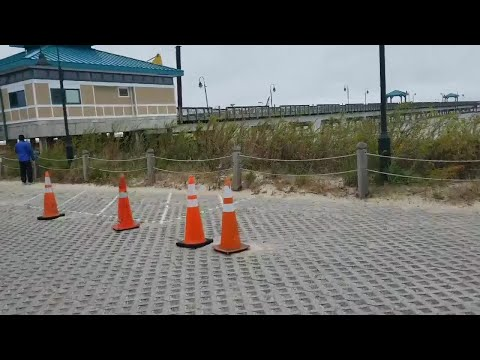 Buckroe Fishing Pier Collapses (Viewer Video)