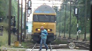 bijna ongeval met trein in Oss! [fullHD] (!zie de beschrijving!)