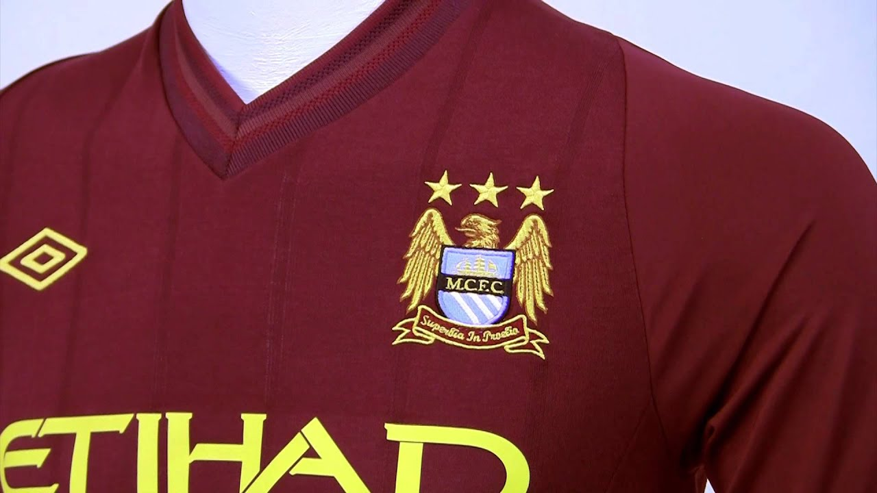 Umbro 2012-13 Manchester City Away Jersey - Video Review - YouTube 282c39920