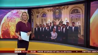 Thai cave boys impromptu photo shoot (Argentina) - BBC News - 10th October 2018