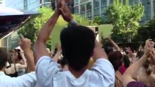 Canary Wharf Big Screen - Crowds reaction to Murray winning Wimbledon 2013
