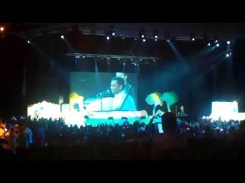 Видео: 25082016 Джанмаштами в Лужниках, ГЦКЗ Россия. Концерт в главном зале